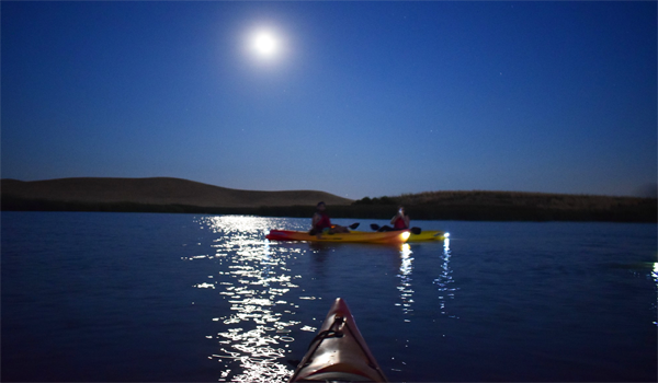 full moonrise kayak